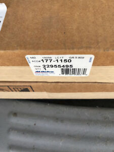 New genuine gm brake rotors 22955495