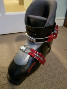 Ski boots 22.5 Head carve x2