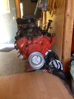 1997 350 motor  with 75 horse heads