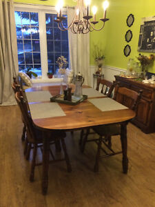 All Wood Dining Set - Good Condition!