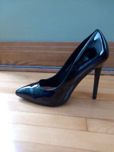 Chaussures taille 10 - Shoes size 10