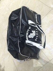 Bauer black and white hockey bag