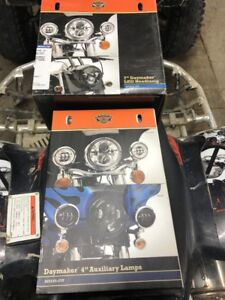 differente pièces  harley davidson touring neuf et usager
