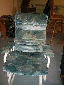 Chaise berçante Saguenay Saguenay-Lac-Saint-Jean image 1