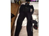 Dry suit with boots+gloves £ 50 for the lot