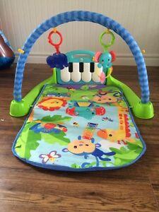 Fisher Price Kick n Play Piano Mat