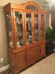 Solid Oak Hutch/Table/Chairs
