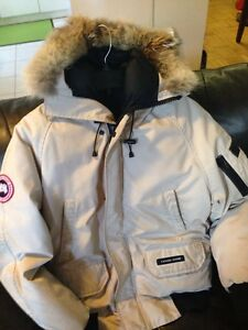 Canada Goose chilliwack parka replica official - Parka Canada Goose Jacket | Kijiji: Free Classifieds in Ontario ...