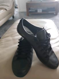 Adidas pumps 9.5