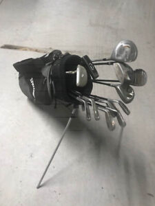 right hand set of golf club with bag
