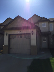 3 Bedroom for rent in Wainwright