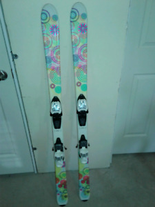 Girls K2  junior downhill skis - good condition