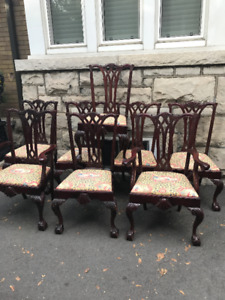 ANTIQUE 8 CHIPPENDALE DINING ROOM CHAIRS
