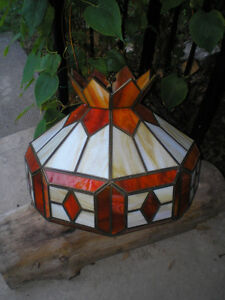 ~ UNIQUE TIFFANY HANGING STAINED GLASS LIGHTS ~