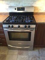 Frigidaire Gas Stove for moving sale