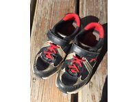 CLARKS Active Air Trainers 9.5G