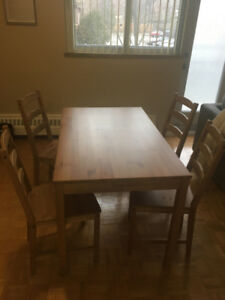 IKEA dining table set - excellent condition.