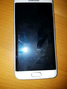 For sale s6 edge unlocked cracked screen best offer cash only