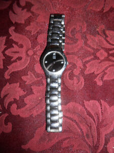 Ladies ESQ watch as shown. It does need a new battery otherwise