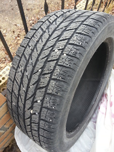 Single 225/50/17 TOYO M+S Unstudded tire