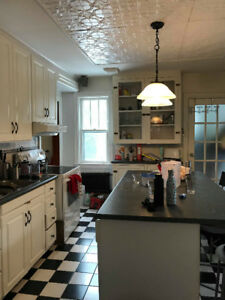 3 Bedroom House: Renting From May-August