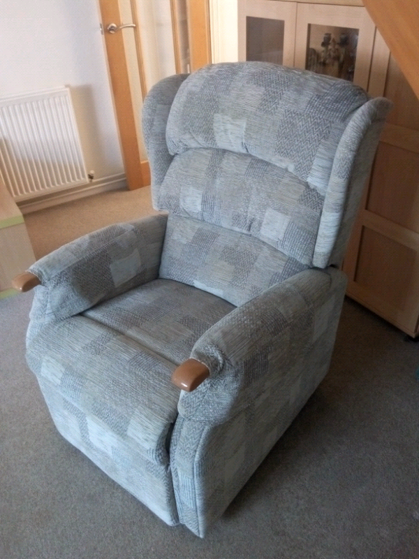 Awesome Hsl Riser Recliner Arm Chair Electric In Exmouth Devon Gumtree Gmtry Best Dining Table And Chair Ideas Images Gmtryco