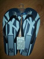 NEW : SMALL SIZE LARGE  NEW YORK YANKEES SANDALES MLB FLIP FLOP City of Montréal Greater Montréal Preview
