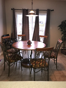 WOOD Kitchen Table Set with 6 chairs