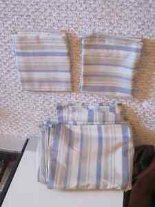 KING SIZE DUVET COVER **NEVER* USED    REDUCED AGAIN