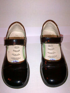 Primigi Classic Black Patent Leather Mary Janes Girls Size 2