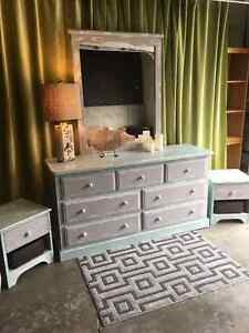 shabby chic dresser & night tables