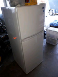 Master Chef apartment size fridge