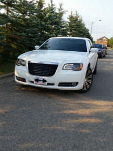 2012 Chrysler 300S NO ACCIDENT, CLEAN