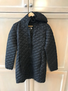 The North Face womens thermoball hoody spring jacket size S NEW