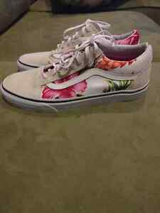 Vans shoes size 9 London Ontario image 1