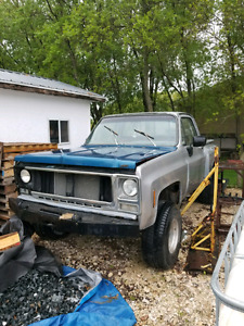 *****SELLING 1979 CHEVY STEPSIDE*****