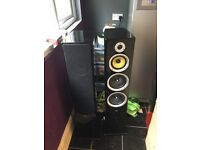 High gloss floor standing speakers (tibo) sound amazing plenty of power