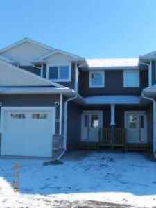 Townhouse in Southbrook, Red Deer