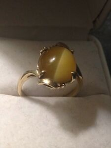Yellow tigers eye 10k god ring