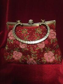 Vintage sequinned Handbag with metal chain