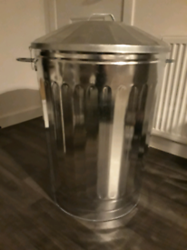 125 litre galvanised dustbin (UNUSED)