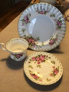 Royal Albert flower of the month cup  Kitchener / Waterloo Kitchener Area image 1