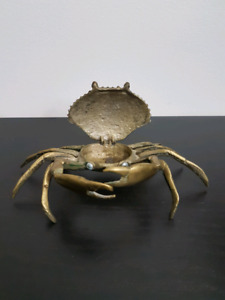 Vintage Brass Collectable Crab Ashtray, Change or Trinket Dish.