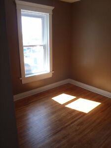 4 bedrooms in a house near FROST Campus