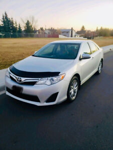 2012 TOYOTA CAMRY LE WITH NAVIGATION ALLOY WHEELS