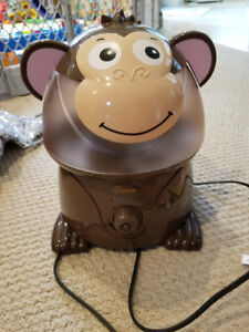 Selling humidifier in kids room!Moving sale!NOT OBO! Few time us