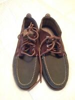 Men's size 10.5 Sperry boat shoe, brand new