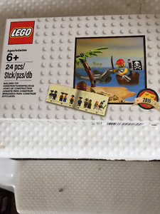 Lego Pirate Set (pending pick up)