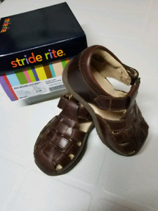 Stride Rite Reid Brown Leather boys shoes size 6.5