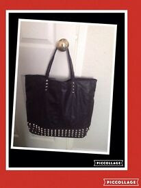 "New studded front shopper"" Reduced"""